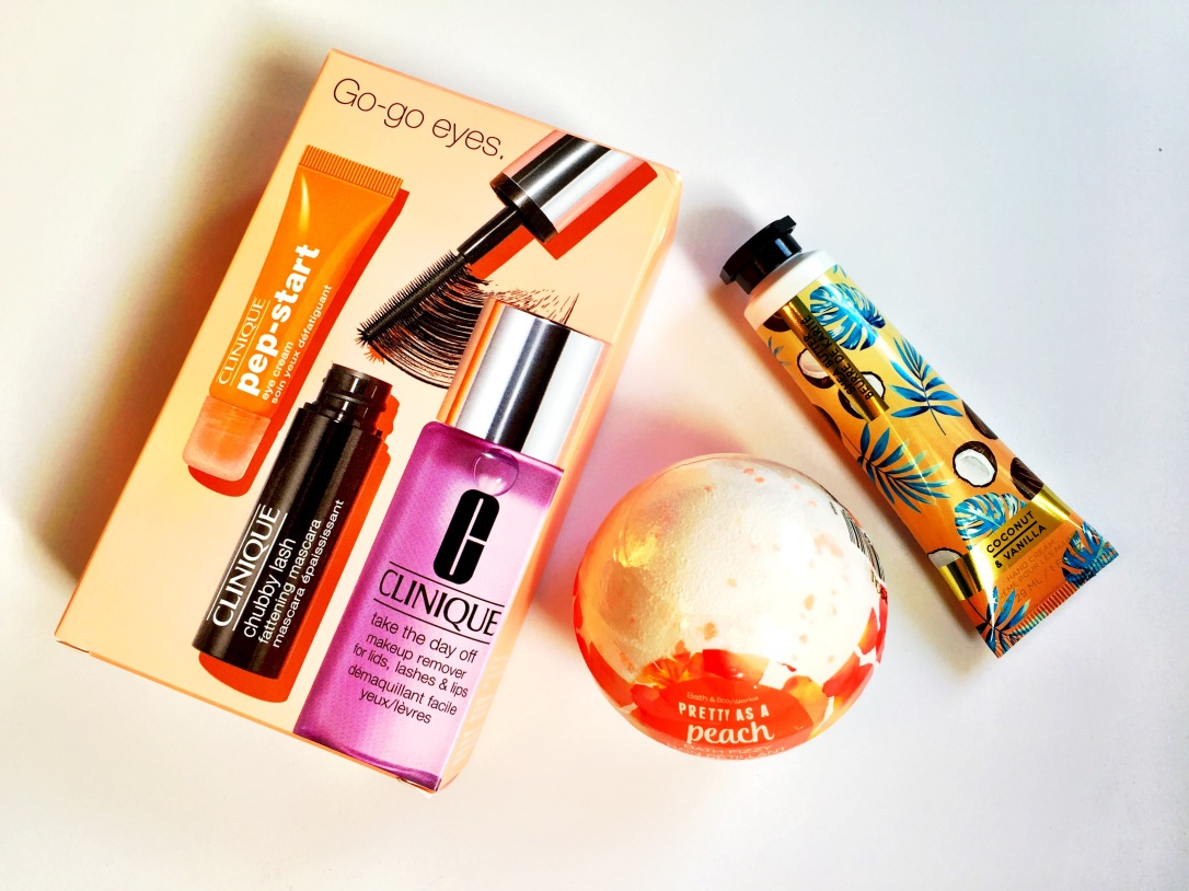 Clinique Go-go Eyes Set, Bath & Body Works Pretty as a Peach Bath Fizzy and Bath & Body Works Coconut & Vanilla Hand Cream