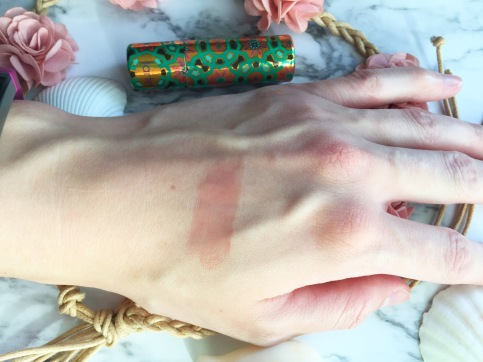 Tarte Rainforest of the Sea Quench Lip Rescue Swatch in Shell